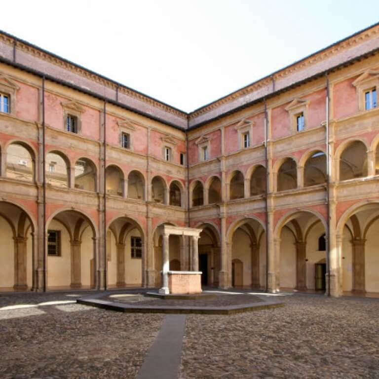 Università di Bologna - VEM sistemi - Business Case