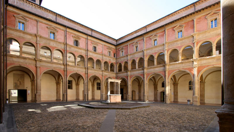 Università di Bologna - VEM sistemi - Business Case